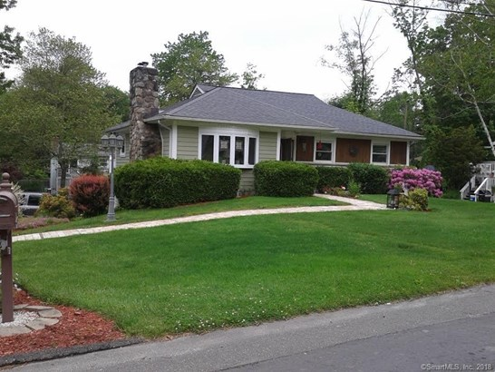 8 Frisbie Street, New Fairfield, CT - USA (photo 1)