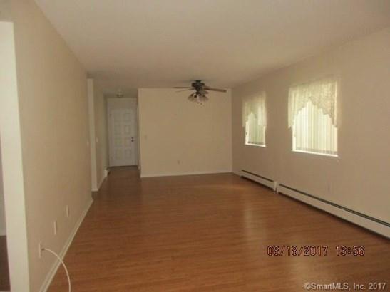 407 Swanson Crescent 407, Milford, CT - USA (photo 4)