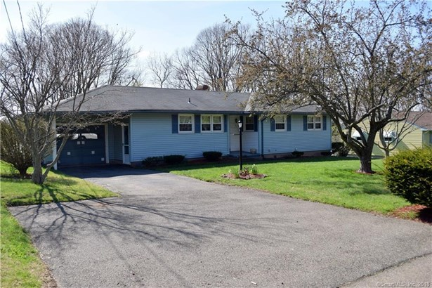 102 Clearfield Drive, Meriden, CT - USA (photo 2)