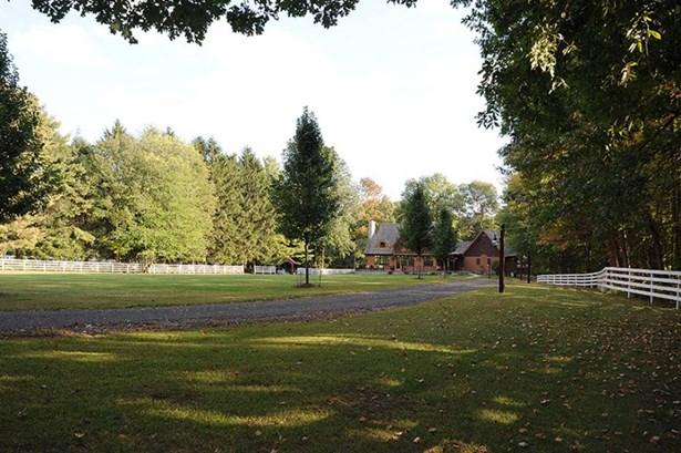 70-76 Parker Hill Road, Killingworth, CT - USA (photo 3)
