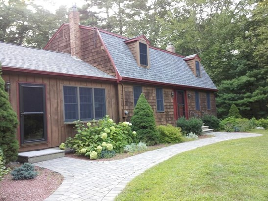 9 Ingalls Street, North Andover, MA - USA (photo 1)
