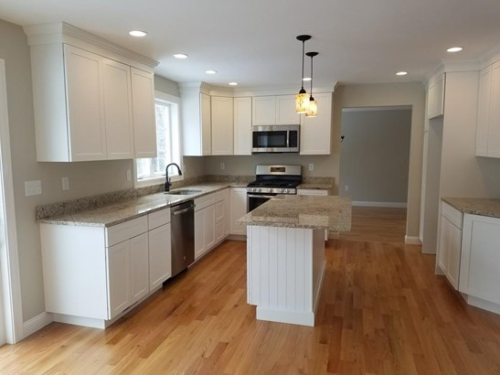 Lot 2 Cottage Street Hse #9, North Reading, MA - USA (photo 4)