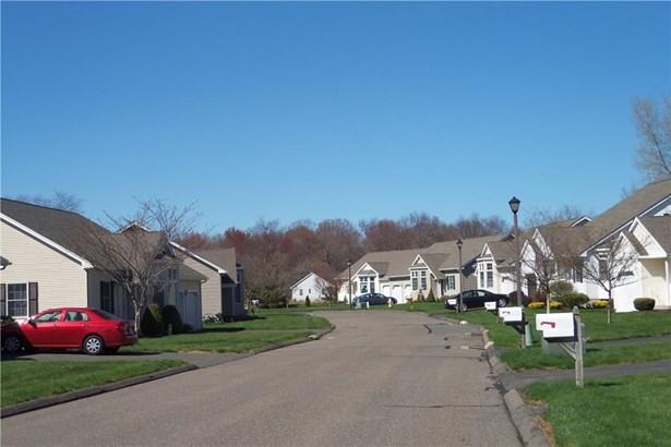 6 Hillside Farms Drive, East Windsor, CT - USA (photo 4)
