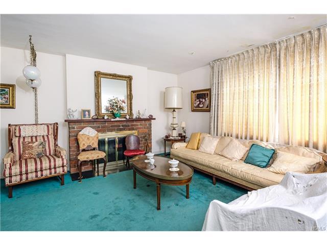 420 Pelhamdale Avenue, Pelham, NY - USA (photo 3)