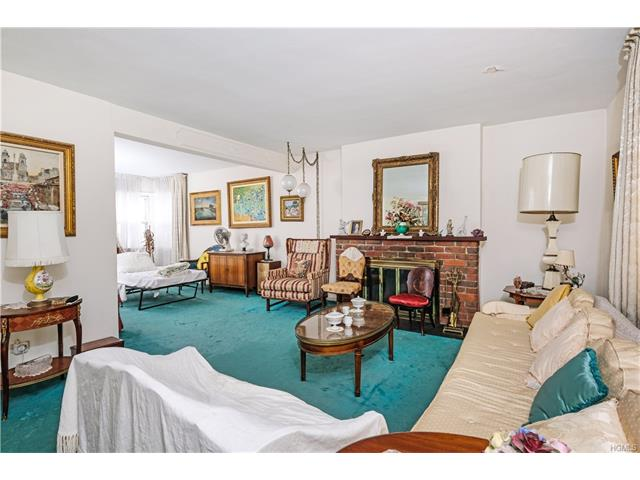 420 Pelhamdale Avenue, Pelham, NY - USA (photo 4)