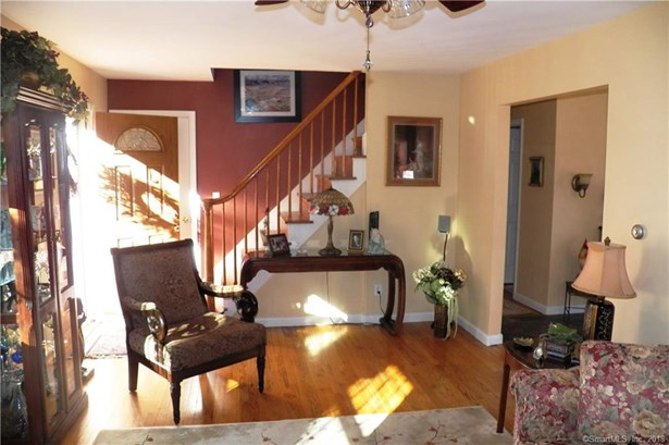 100 North Airline Road, Wallingford, CT - USA (photo 5)