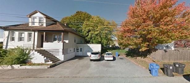 176 Southern St, Cranston, RI - USA (photo 1)