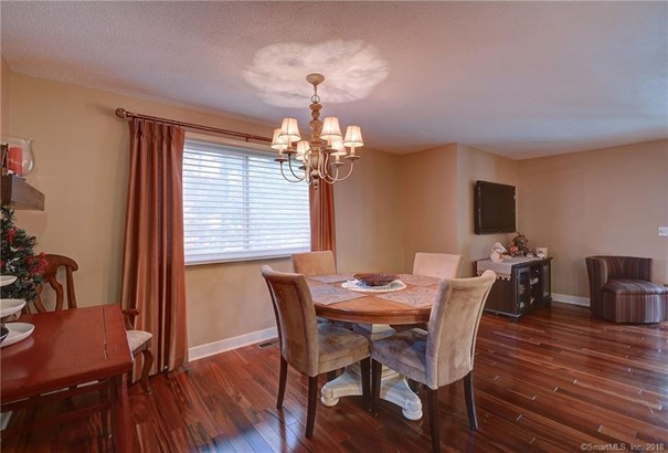 131 Oak Forest Drive 1, Manchester, CT - USA (photo 4)