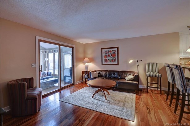 131 Oak Forest Drive 1, Manchester, CT - USA (photo 5)