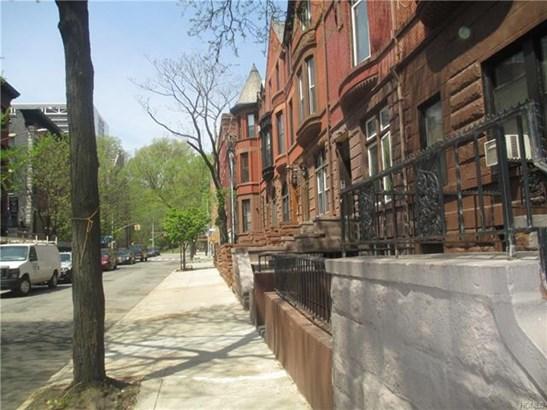 311 West 138th Street, New York, NY - USA (photo 4)