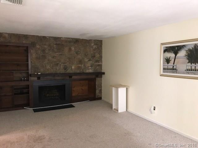 29 Clemens Court 29, Rocky Hill, CT - USA (photo 2)