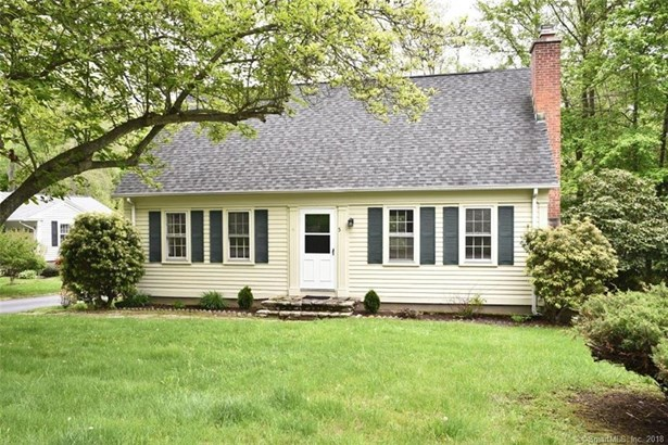 5 Pennicott Road, Waterford, CT - USA (photo 3)