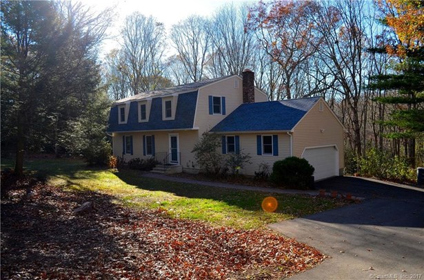 19 Westchester Drive, East Lyme, CT - USA (photo 1)