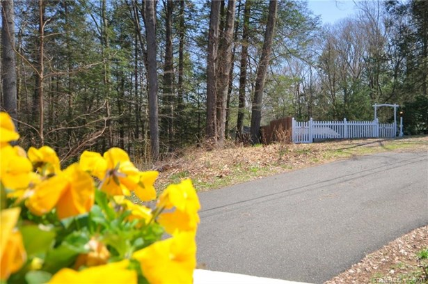 12 Farview Drive, Newtown, CT - USA (photo 3)