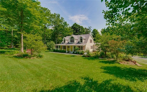 16 Burgess Road, Morris, CT - USA (photo 3)