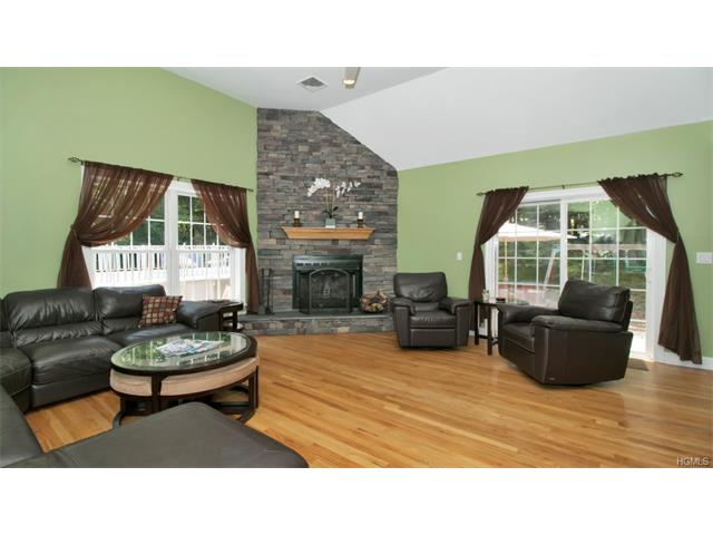 141 West Hook Road, Hopewell Junction, NY - USA (photo 4)