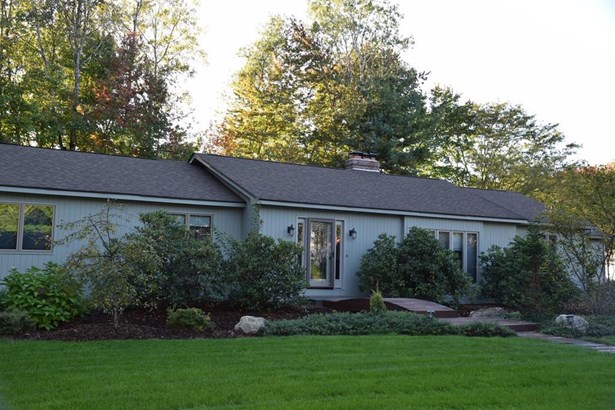 12 Clifford Lane, Longmeadow, MA - USA (photo 1)