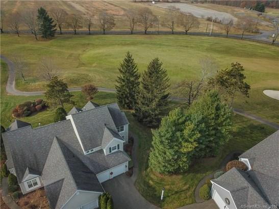 6 Priorwood Gardens, Cromwell, CT - USA (photo 5)