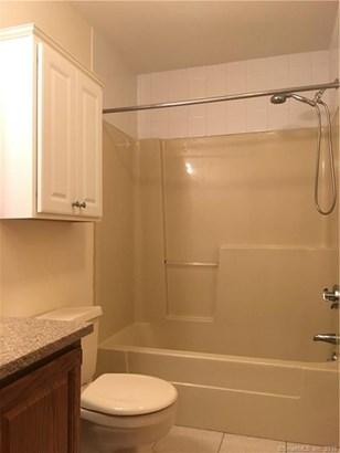 40 Cortland Place 40, Ansonia, CT - USA (photo 3)