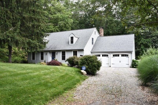 15 Woodland Lane, Ledyard, CT - USA (photo 1)