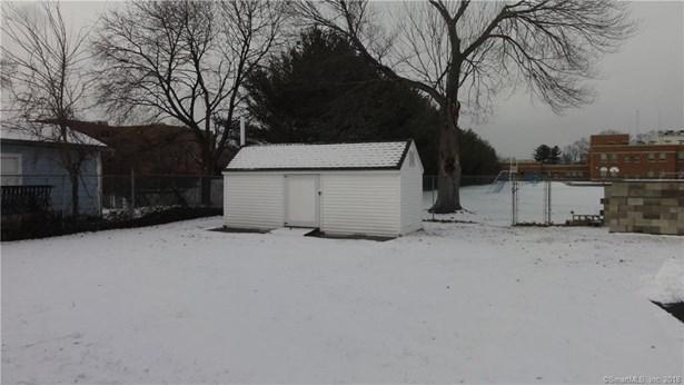 21 East Broad Street, Plainville, CT - USA (photo 4)