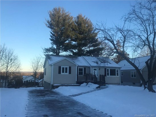 34 Ruscan Road, Wethersfield, CT - USA (photo 5)