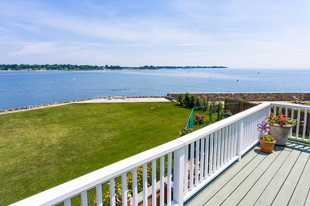 70 Sea Beach Drive, Stamford, CT - USA (photo 1)