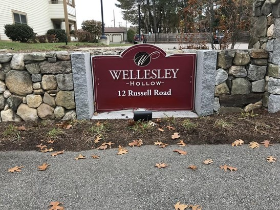 12 Russell Road 205, Wellesley, MA - USA (photo 2)