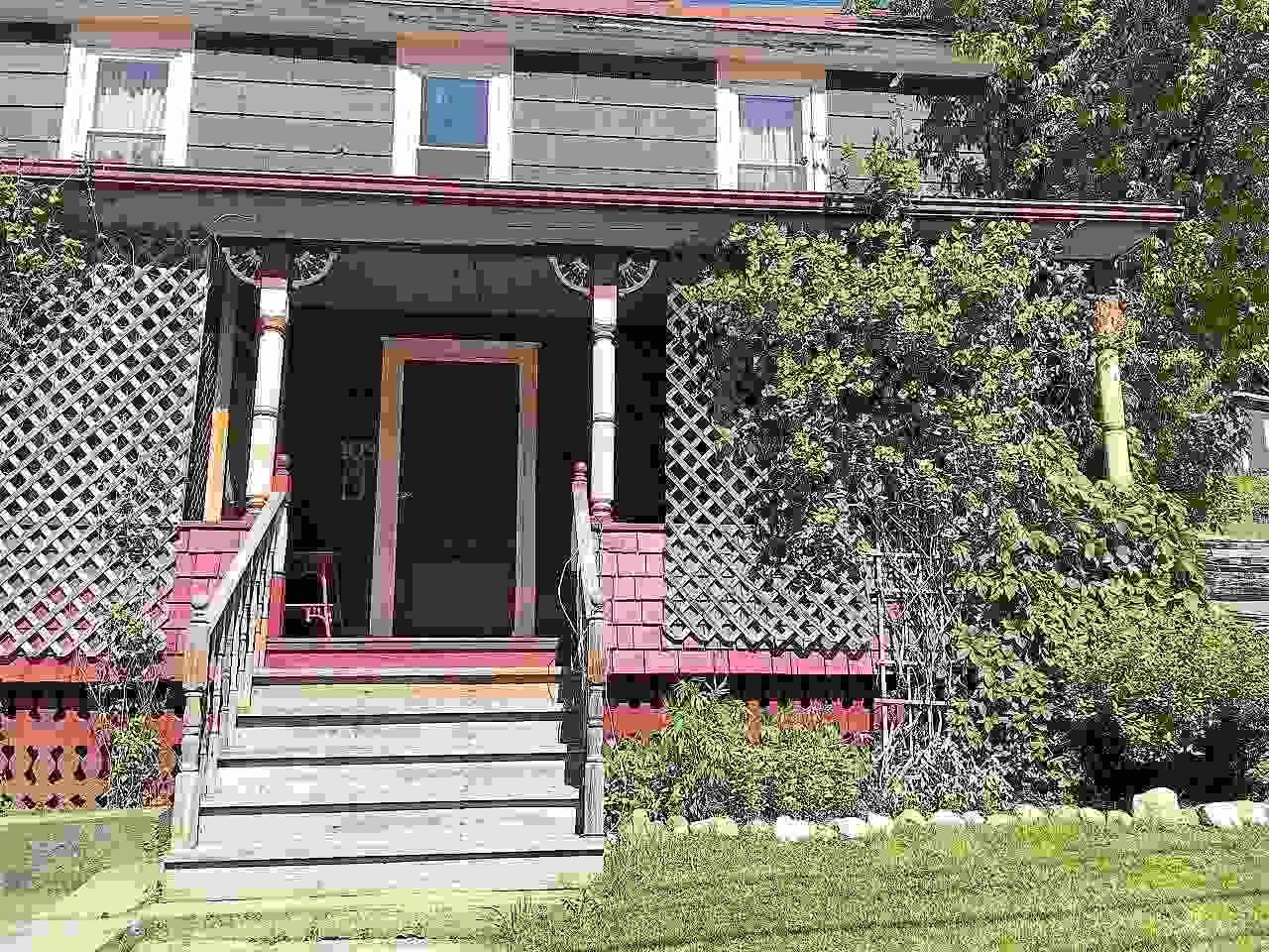 109 Caledonia Street, St. Johnsbury, VT - USA (photo 1)