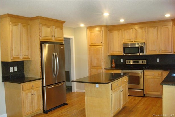 24 Serra Drive, Middletown, CT - USA (photo 3)