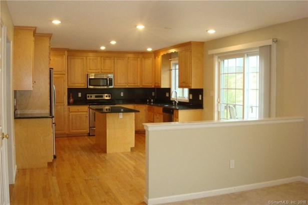 24 Serra Drive, Middletown, CT - USA (photo 4)