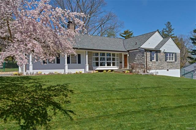 65 Moorland Drive, Scarsdale, NY - USA (photo 1)