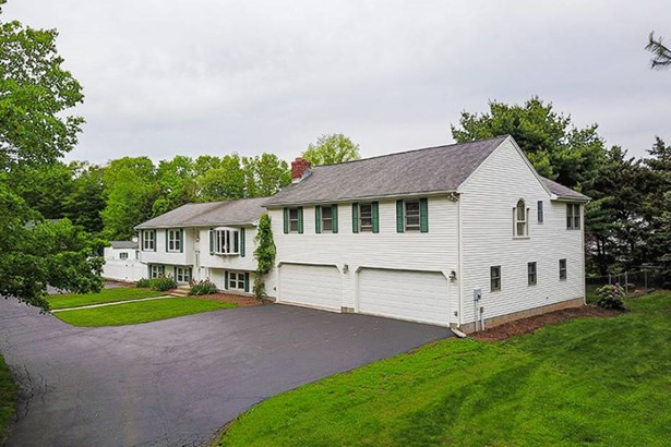 658 Forest Road, North Branford, CT - USA (photo 3)
