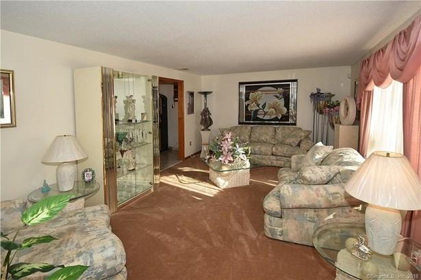 157 Langford Lane, East Hartford, CT - USA (photo 5)