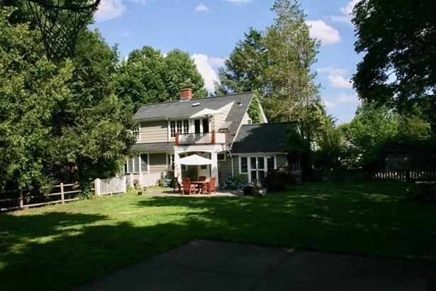 46 Shaw Rd, Brookline, MA - USA (photo 2)