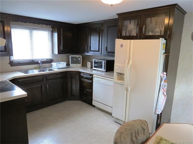 208 Goodrich Street, Hartford, CT - USA (photo 2)