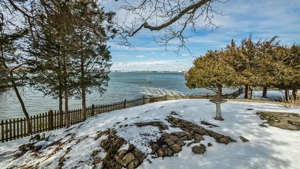 16 Indianhead Circle, Marblehead, MA - USA (photo 5)