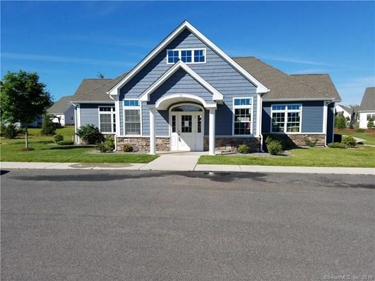 64 Windermere Village Road 64, Ellington, CT - USA (photo 3)