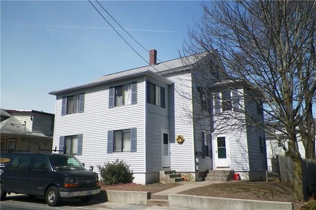 14 Highland Av, Cumberland, RI - USA (photo 1)