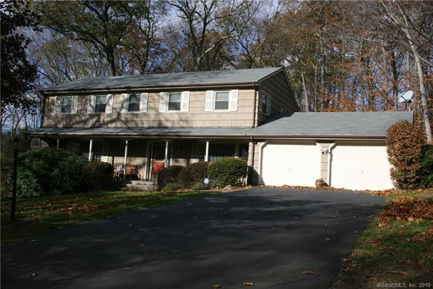 30 Cobblers Hill Road, Trumbull, CT - USA (photo 1)