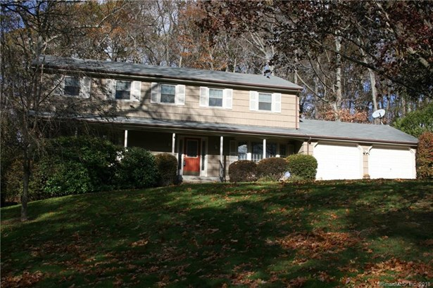 30 Cobblers Hill Road, Trumbull, CT - USA (photo 2)