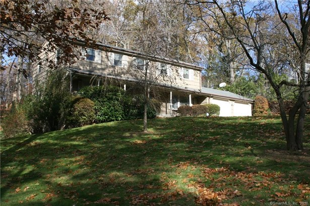 30 Cobblers Hill Road, Trumbull, CT - USA (photo 3)