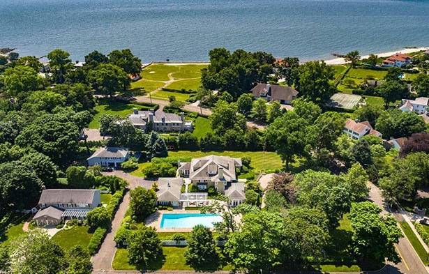 336 Ocean Drive West, Stamford, CT - USA (photo 2)