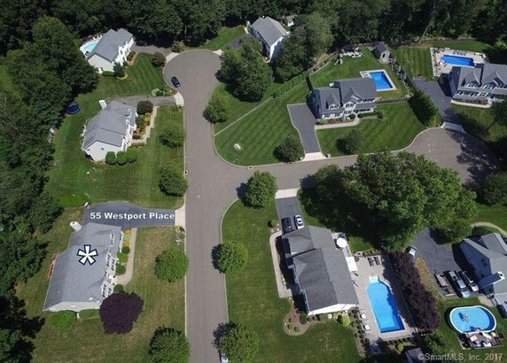55 Westport Place, Milford, CT - USA (photo 2)