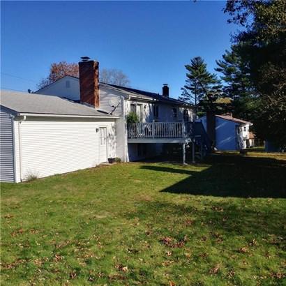 120 Woodside Av, West Warwick, RI - USA (photo 2)