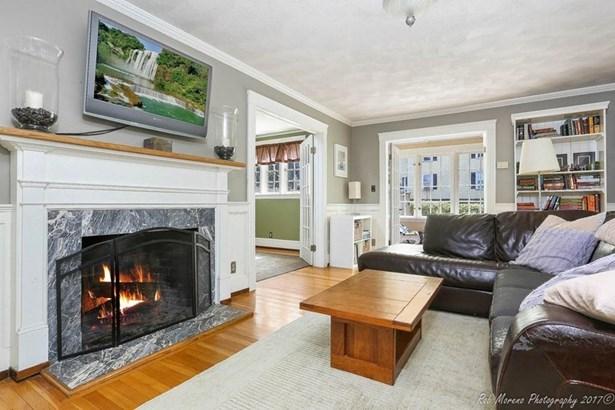 141 Winona Avenue, Haverhill, MA - USA (photo 2)