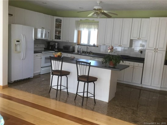1683 Country Club Road, Middletown, CT - USA (photo 1)