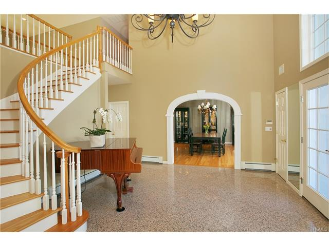3 Pond Hollow Court, Pleasantville, NY - USA (photo 4)