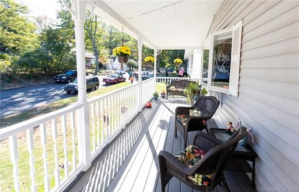 424 Painter Drive, West Haven, CT - USA (photo 4)