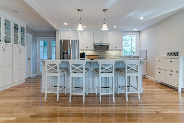 18 Arrowood St, Cohasset, MA - USA (photo 2)